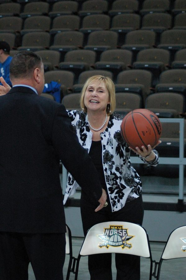2015 Fookes retires with 686 wins -  After 30 years of coaching the Varsity Girls Basketball team, Fookes won 686 out of 941 games (.729). Since she started in 1985, she never recorded a losing season at BCHS. She ranks third all-time on the Kentucky win list. She won 22 district titles, and 9 regional titles. After her tenure with the school was over, the court was named after her.